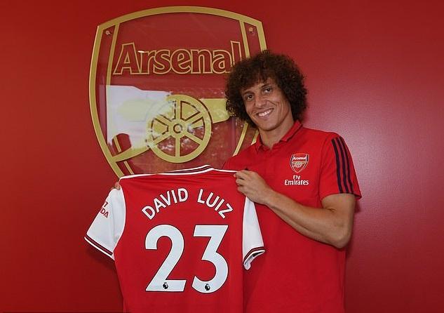 Chuyển nhượng hè tại Anh: MU, Man City, Arsenal góp phần chi 1,4 tỷ bảng