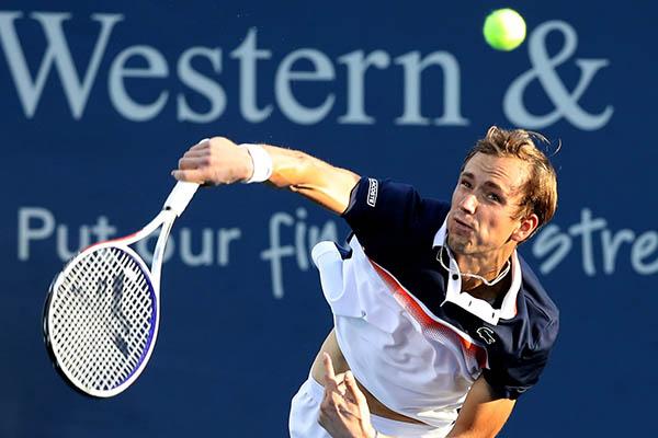Kết quả Cincinnati Masters: Chặng kế của Djokovic là Medvedev đang trên mây