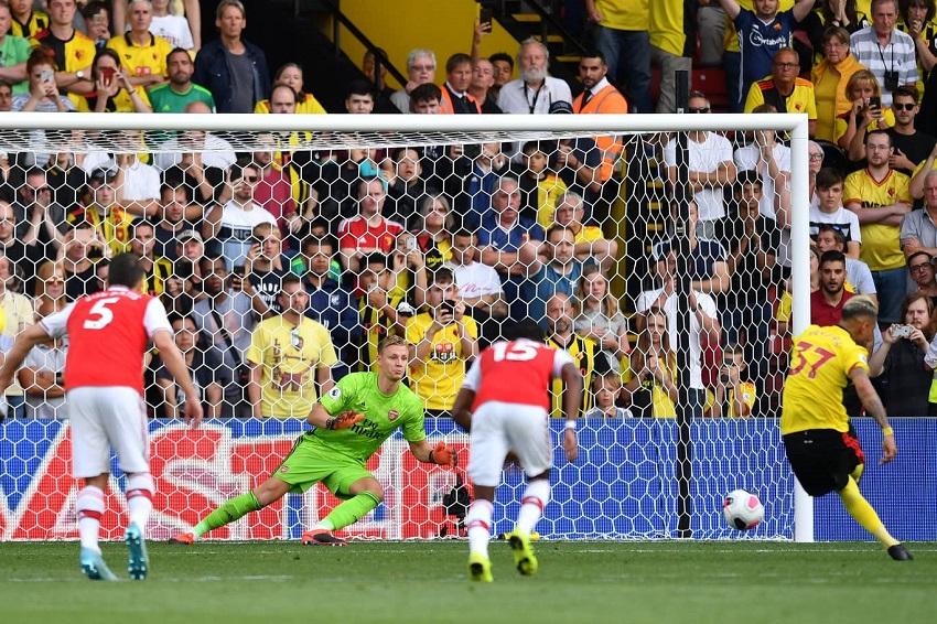Arsenal lập kỷ lục phòng ngự tồi tệ chưa từng có trước Watford