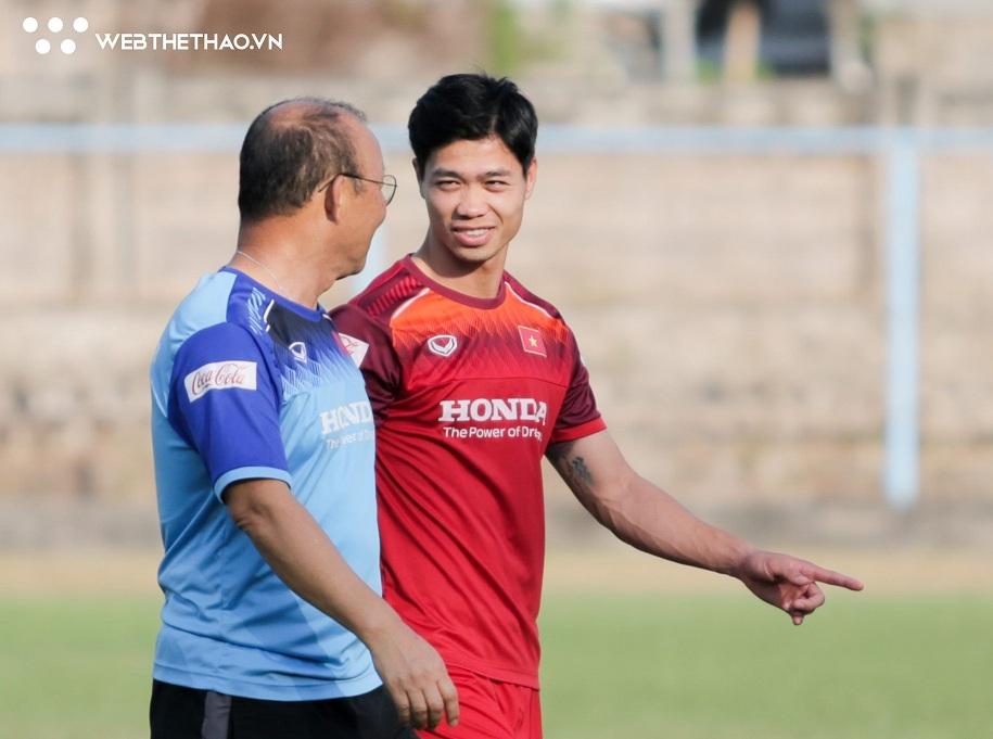 Vì sao Công Phượng không được vào sân trong trận gặp Indonesia?