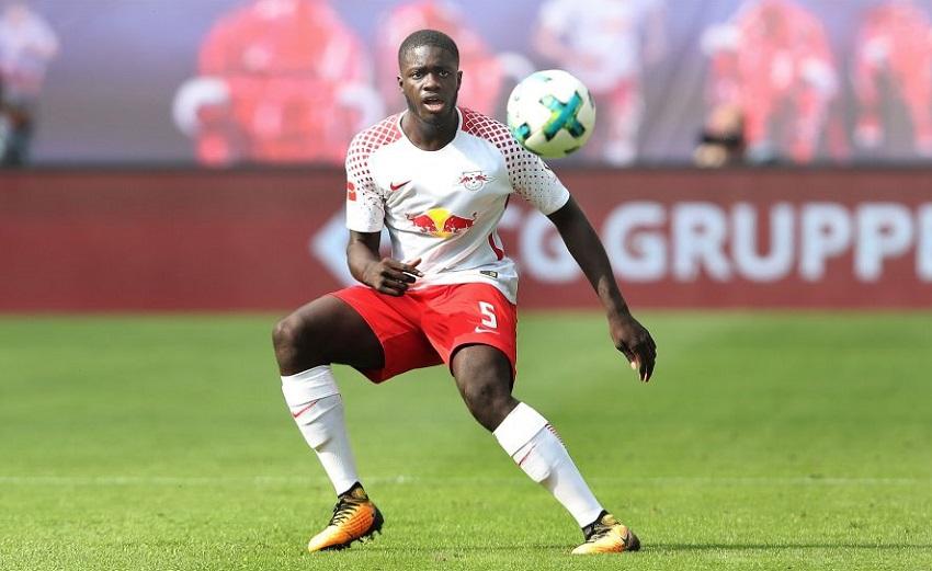 Arsenal tăng cơ hội giành trung vệ của Leipzig nhờ điều khoản giảm