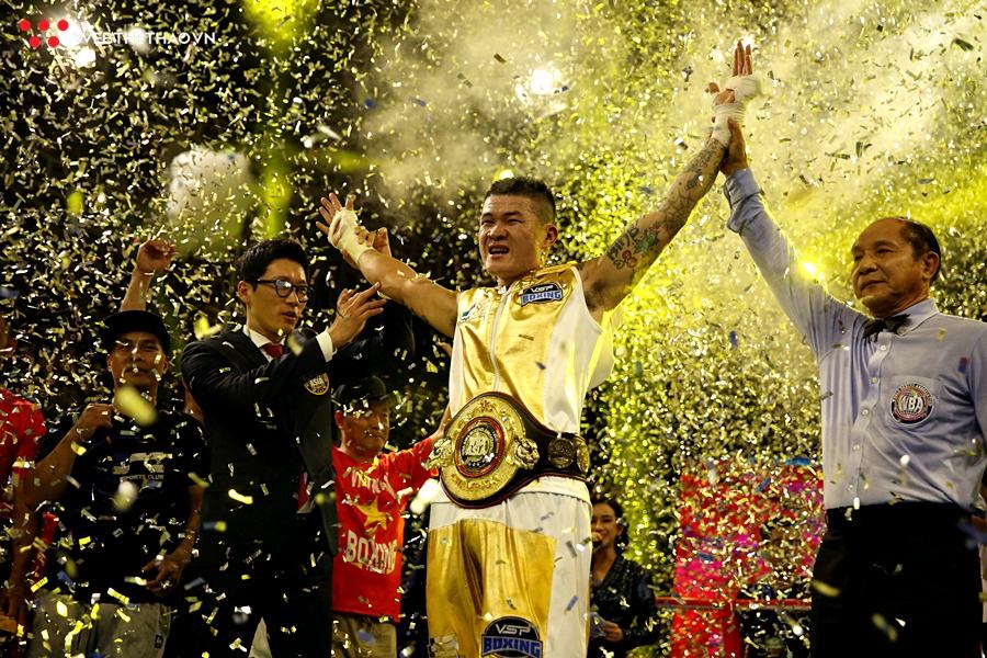 Victory 8 Boxing Huyền Thoại Hoàn Kiếm - Trương Đình Hoàng giật đai WBA