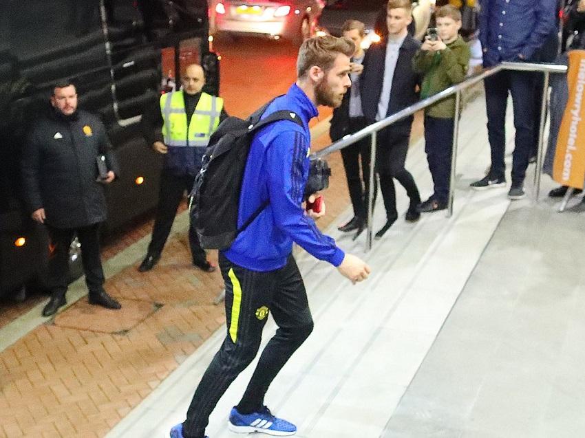 Tin bóng đá 20/10: Man City giữ Sterling bằng mức lương khủng