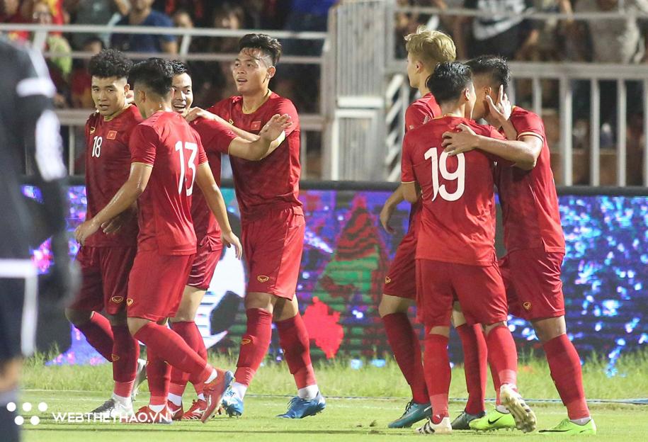 Việt Nam tổ chức SEA Games 31: Bóng đá rộng cửa vô địch