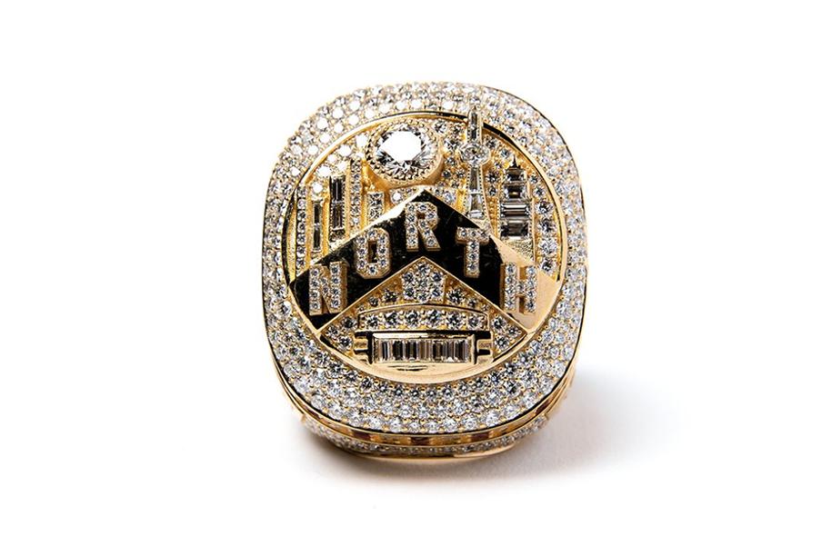 Soi chi tiết chiếc nhẫn vô địch lớn nhất lịch sử của Toronto Raptors