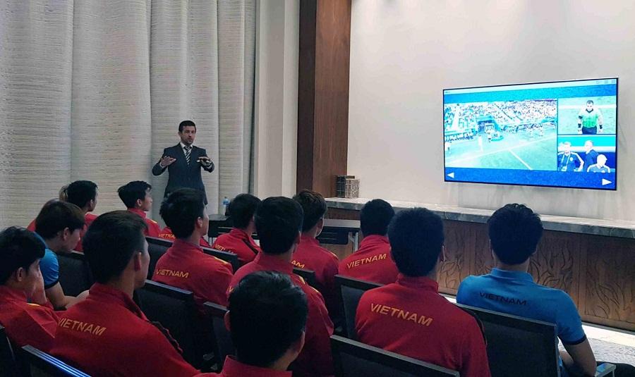 VPF tiết lộ thời điểm sử dụng công nghệ VAR tại V.League