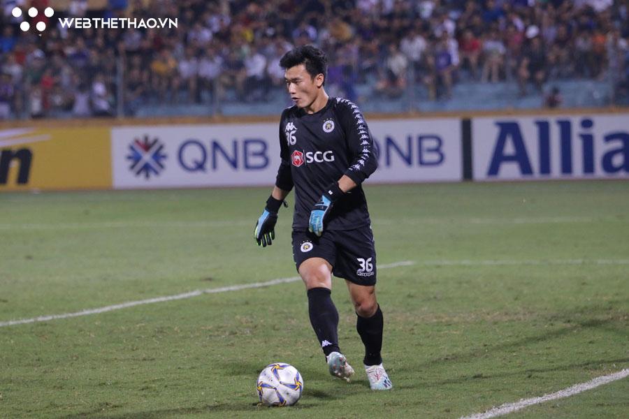 Phí Minh Long được Hà Nội FC gia hạn, Bùi Tiến Dũng sẽ ra đi?