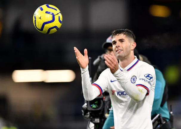CĐV Chelsea so sánh Pulisic với Hazard sau khi lập hat-trick