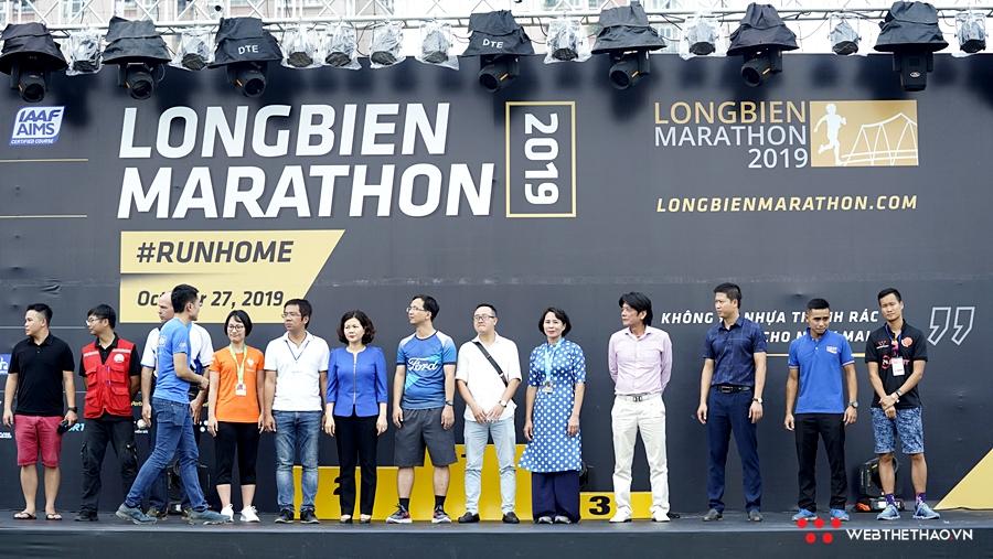 Những khoảnh khắc đẹp của Longbien Marathon 2019