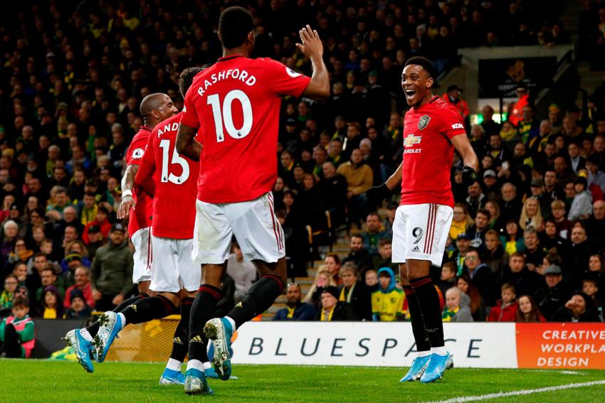 MU đá hỏng 2 quả phạt đền nhưng vẫn đánh bại Norwich