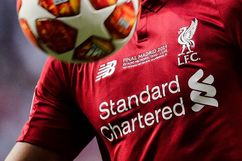 Tin bóng đá 29/10: Liverpool chưa thoát khỏi rắc rối với nhà tài trợ