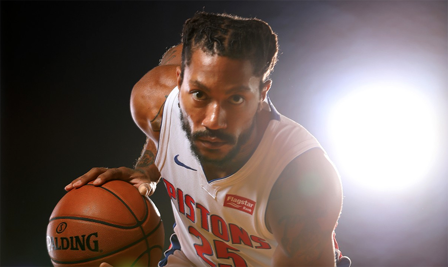 Derrick Rose đang rực sáng, nhưng vì sao Pistons vẫn giữ anh trên ghế dự bị?