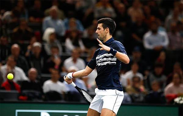 Paris Masters 2019: Nadal và Djokovic thẳng tiến