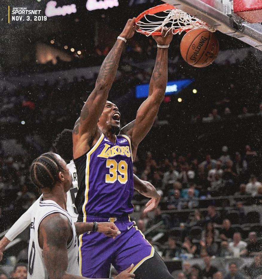 LeBron James đạt triple-double, nhưng Dwight Howard mới là ngôi sao sáng của LA Lakers