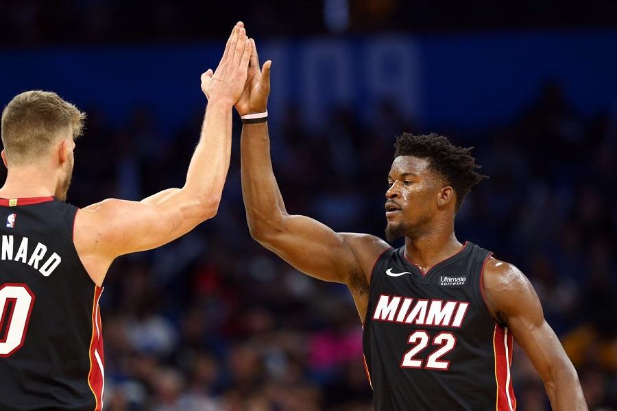 Chìm trong khủng hoảng, Houston Rockets bị blowout trước Miami Heat