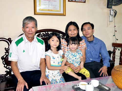 Cúp chiến thắng chắp cánh hành trình Đại kiện tướng của nhà VĐTG Cẩm Hiền