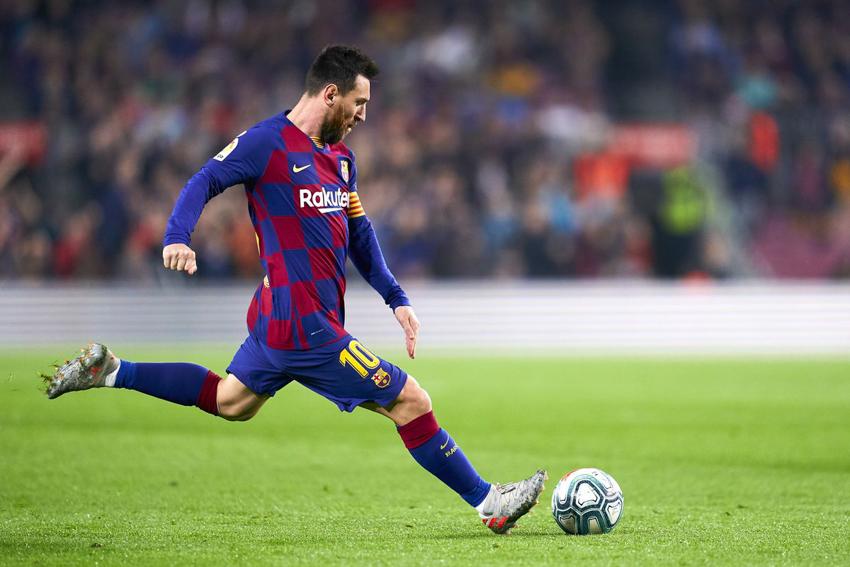 Messi lập hat-trick, Barca giữ vững ngôi đầu La Liga