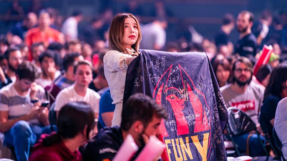 Vô địch CKTG: Thành quả trọn vẹn cho tình yêu của Doinb