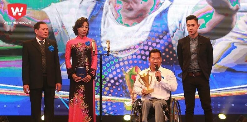 Lê Văn Công: Chờ đợi hat-trick Cúp Chiến thắng