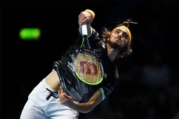 Kết quả quần vợt hôm nay, 16/11: Nadal lại thắng ngược Tsitsipas