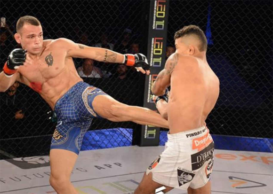 Nhà vô địch MMA đột quỵ, liệt nửa người vì quá trình cắt cân khắc nghiệt
