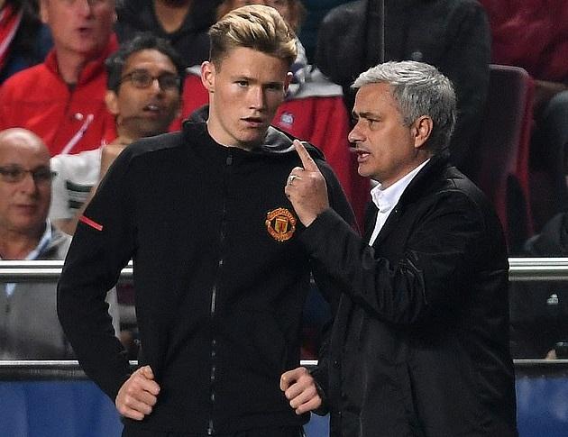60 cầu thủ trẻ MU, Chelsea được Mourinho trao cơ hội ra mắt là ai?