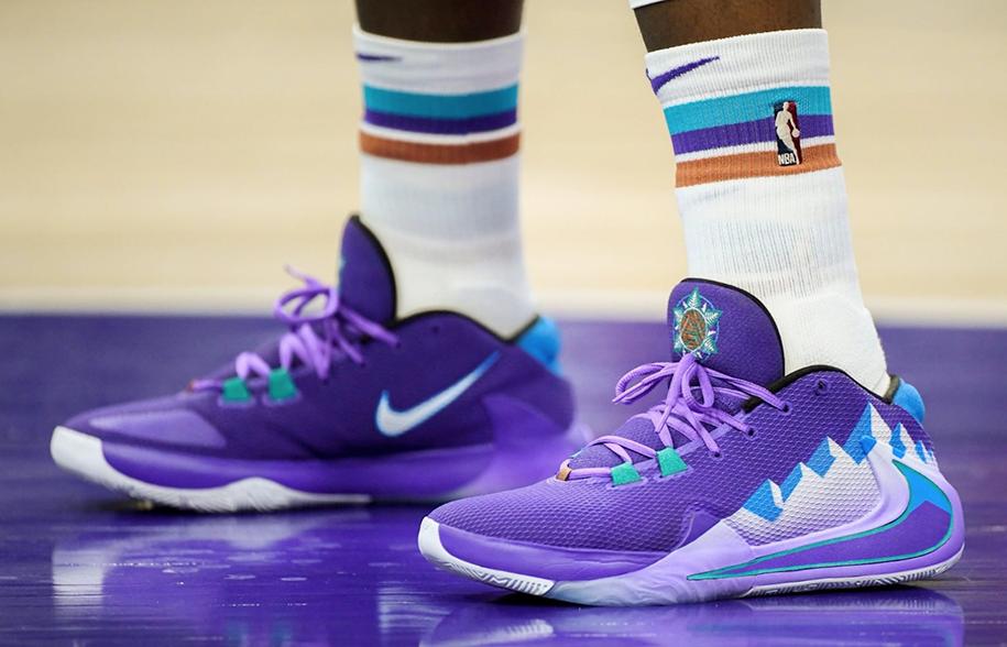 Những mẫu giày bóng rổ đỉnh nhất tháng 11 tại NBA