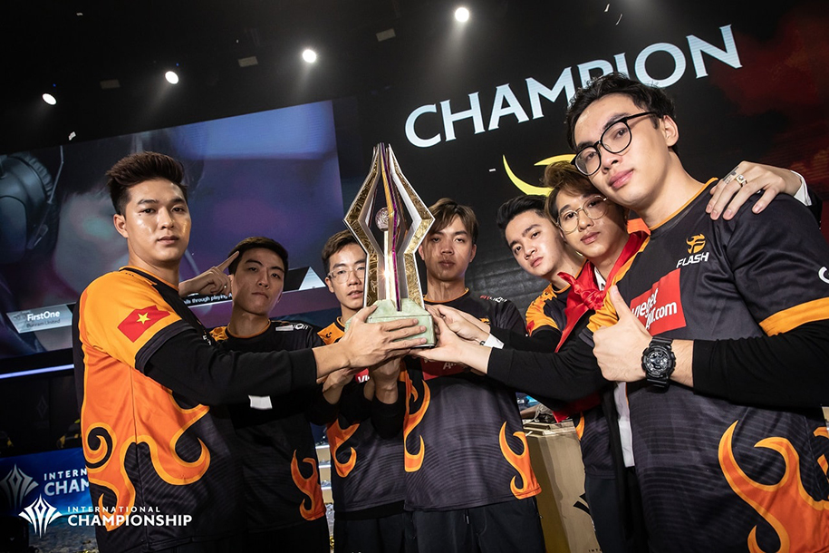 Vô địch AIC Liên Quân 2019, Team Flash ghi tên mình vào lịch sử