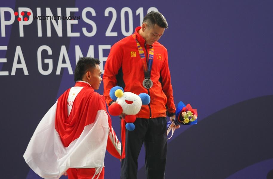 Chùm ảnh: Màn so tài nghẹt thở Eko - Thạch Kim Tuấn và ngón tay cái kính nể