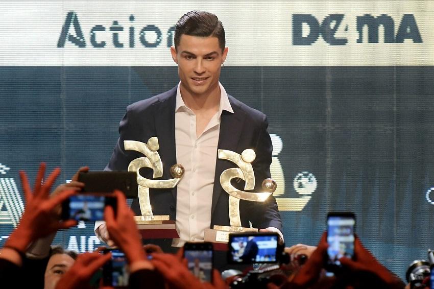 Bằng chứng cho thấy Ronaldo dự lễ trao giải thưởng Serie A để chữa thẹn