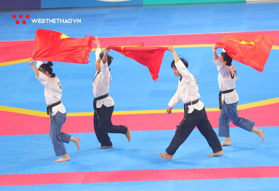 Đội quyền sáng tạo Taekwondo thống trị thế giới và mơ ước chạm vào Cúp Chiến thắng 2019