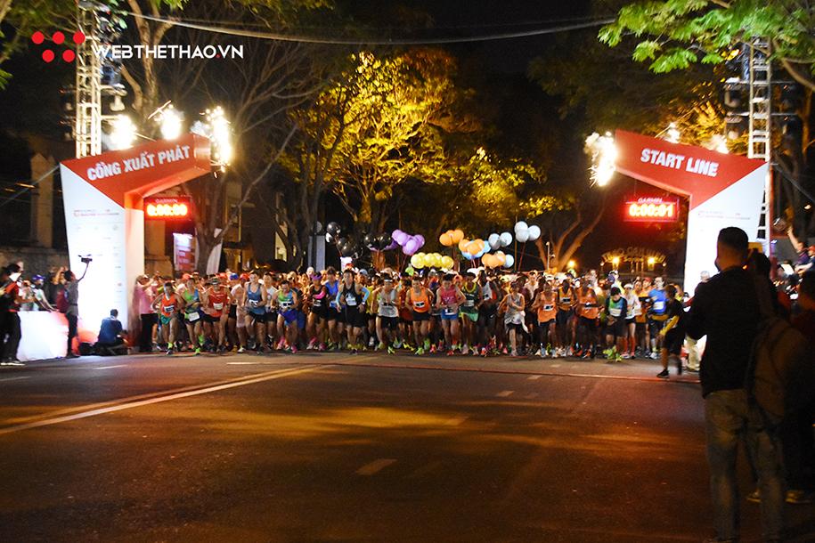 Techcombank Hochiminh City International Marathon 2019: 13.000 runner khuấy động TP.HCM từ tờ mờ sáng