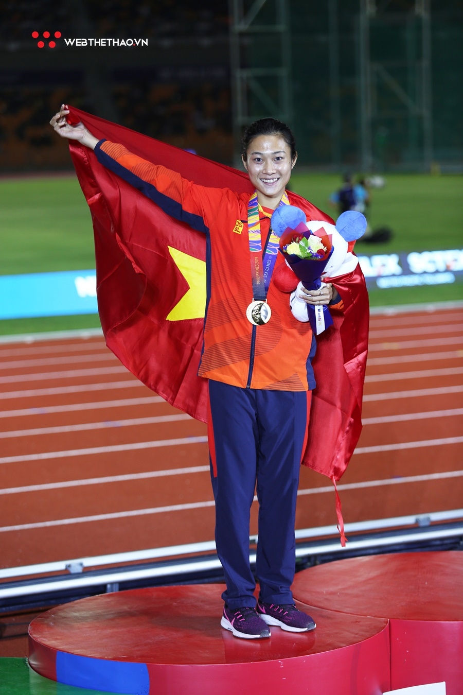 """Lê Tú Chinh: """"Nữ hoàng tốc độ"""" của điền kinh Việt Nam ở SEA Games 30"""