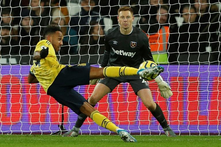 Aubameyang đưa ra điều kiện để gia hạn hợp đồng với Arsenal