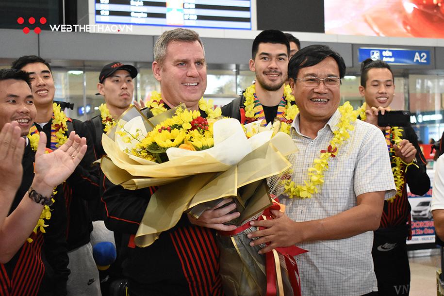 Đội tuyển bóng rổ Việt Nam huy hoàng trở về từ SEA Games với ...