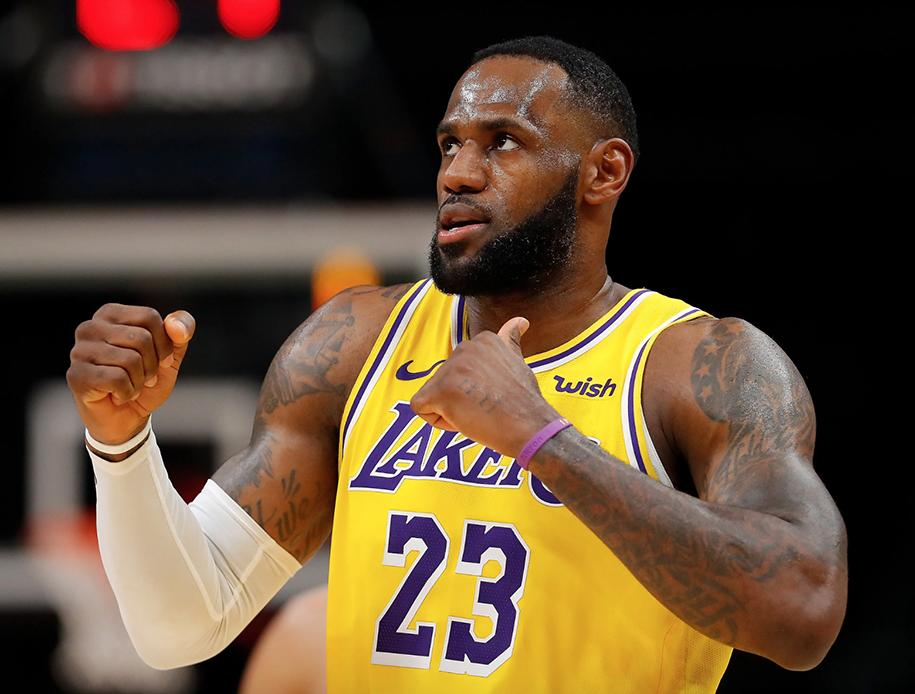 LeBron James xuất sắc nhất tuần, còn LA Lakers không cho thấy dấu hiệu dừng lại