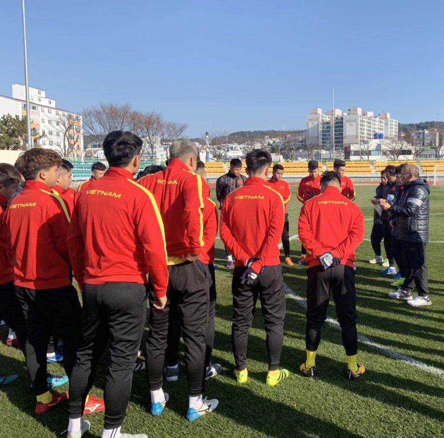 U23 Việt Nam bất phân thắng bại trước đội sinh viên Hàn Quốc