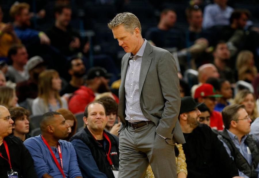 Thi đấu tệ hại, NBA cắt giảm trận đấu của Warriors trên sóng quốc gia