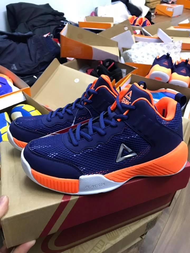 Những địa điểm mua bán giày bóng rổ trẻ em chính hãng tại Hà Nội