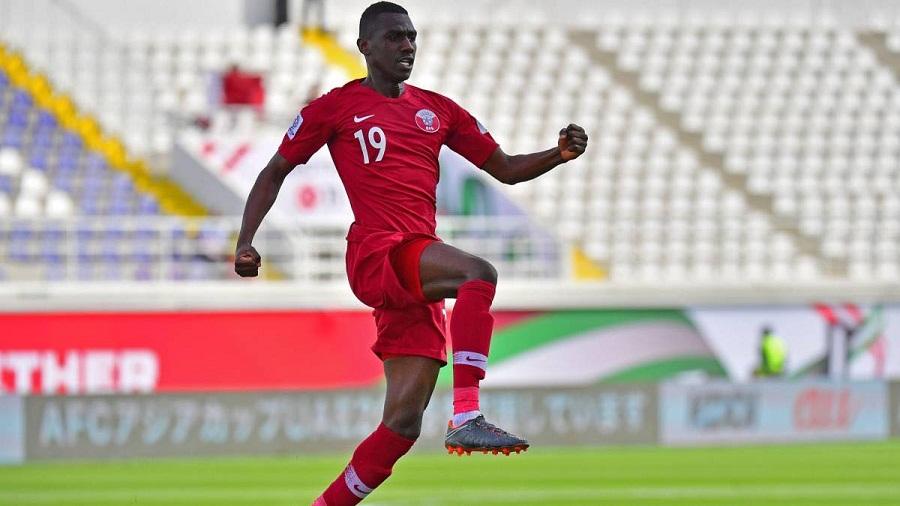 """U23 châu Á: AFC tôn vinh Chanathip là """"siêu sao"""", ngó lơ Quang Hải"""