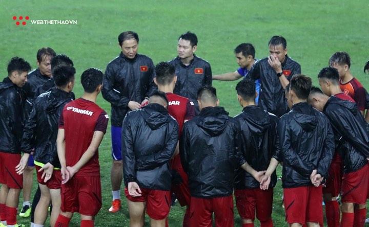 Vắng HLV Park Hang Seo, U23 Việt Nam từng thi đấu như thế nào?