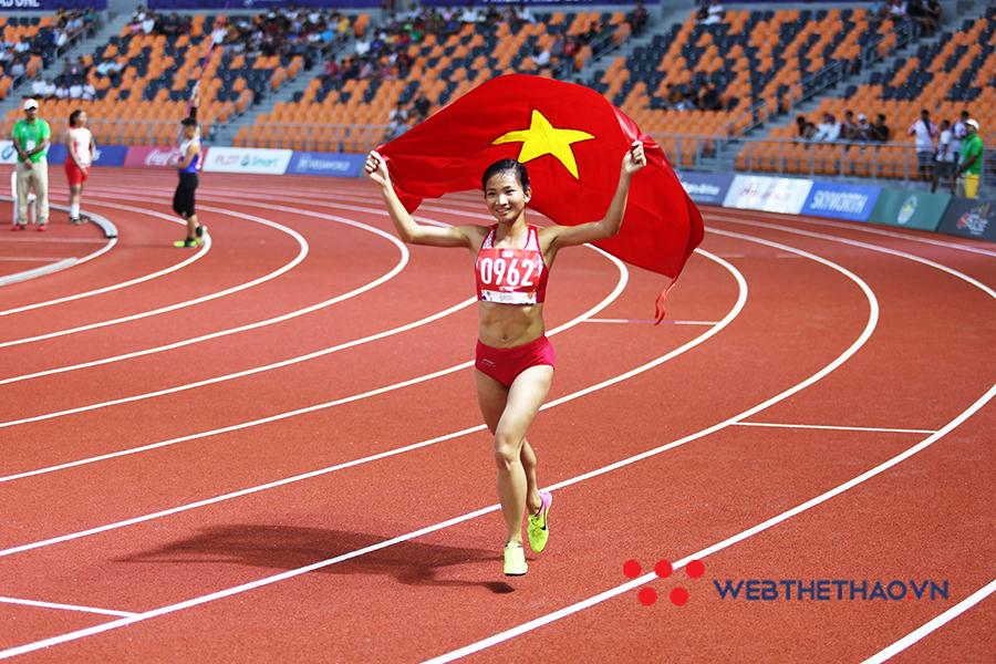 Nguyễn Thị Oanh: Nhỏ bé nhưng khiến tất cả phải ngước nhìn!
