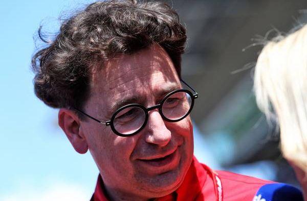 Ferrari gia hạn hợp đồng với Charles Leclerc đến năm 2024: Sebastian Vettel lâm nguy