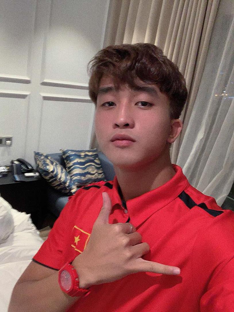 """Cầu thủ Trần Danh Trung: """"Hot boy"""" xứ Huế của U23 Việt Nam"""