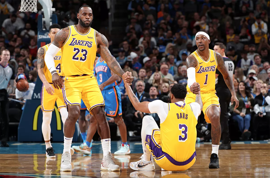Cập nhật chấn thương Lakers: Chuyện gì đang xảy ra với LeBron James, Anthony Davis?