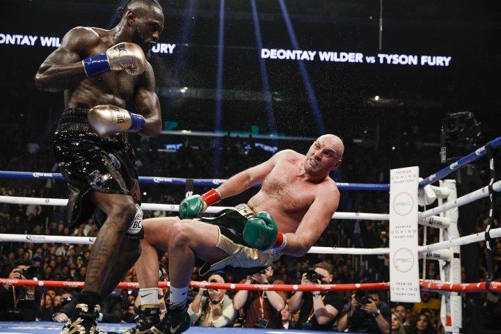 Tyson Fury tập trung vào sức mạnh cho trận đấu trước Deontay Wilder