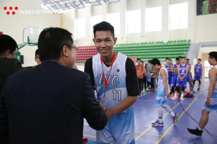 Chùm ảnh: Sư Phạm TDTT nâng cao cúp vô địch Sinh viên Toàn Quốc 2019