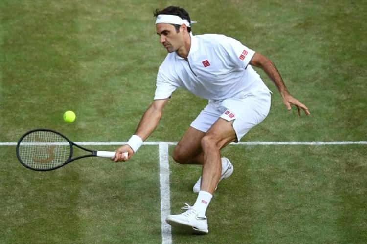 """Chung kết Wimbledon 2019: Roger Federer khiến công nghệ phải """"chào thua"""" bởi bộ não thiên tài"""