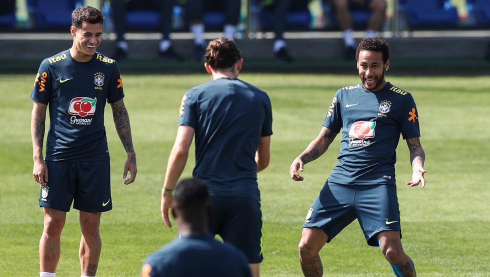 Chuyển nhượng Barca 3/6: PSG muốn rút ruột Barca, người cũ từ chối huấn luyện Barcelona