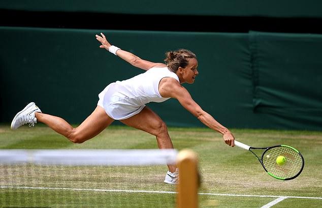 Bán kết Wimbledon 2019: Serena Williams đại thắng trong cuộc chiến giữa những bà già